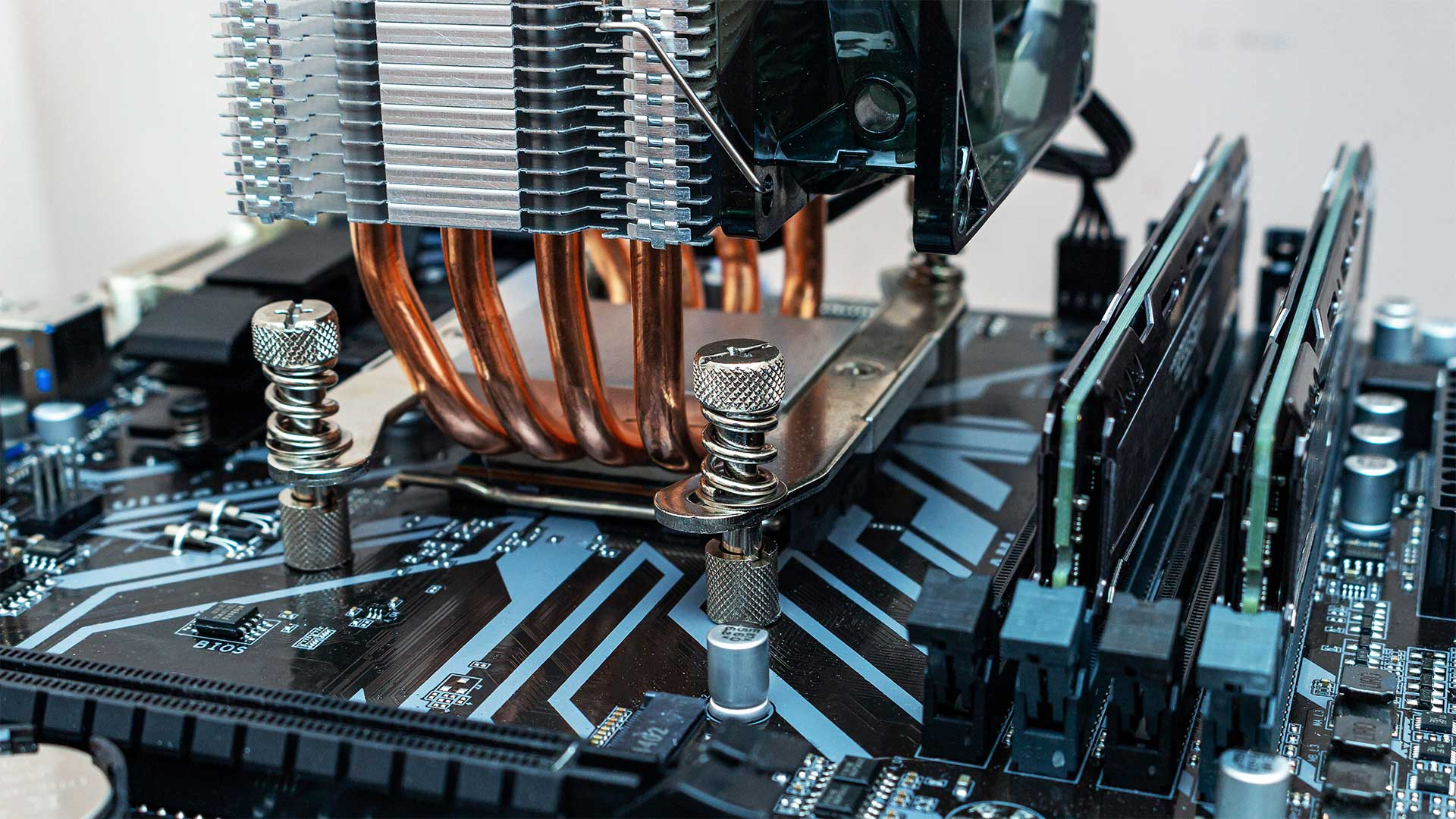 Best CPU Cooler For i7 9700k Reviews in 2020
